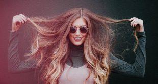 كيف تتخلصي من رائحة الشعر الكريهة بطرق طبيعية وفعالة؟